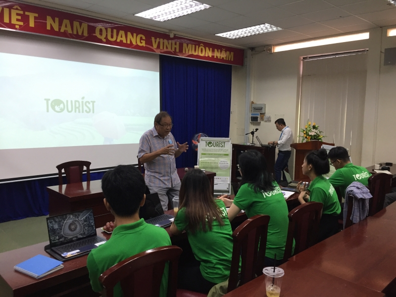PROJECT TOURIST - SEMINAR WITH PROFESSOR CHUNG HOANG CHUONG