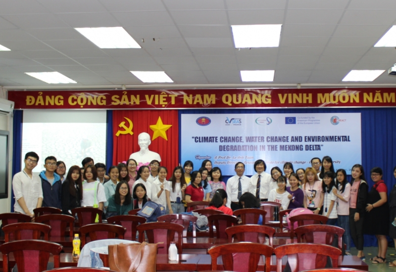 "Seminar: ""Climate Change, Water Change and Environmental Degradation in the Mekong Delta"""